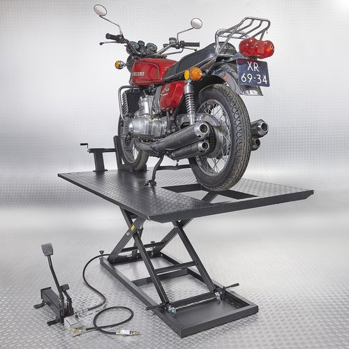werken aan motorfiets