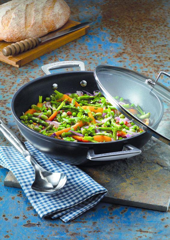 Le Creuset wokpan Les Forgées Ø 32 cm sfeer