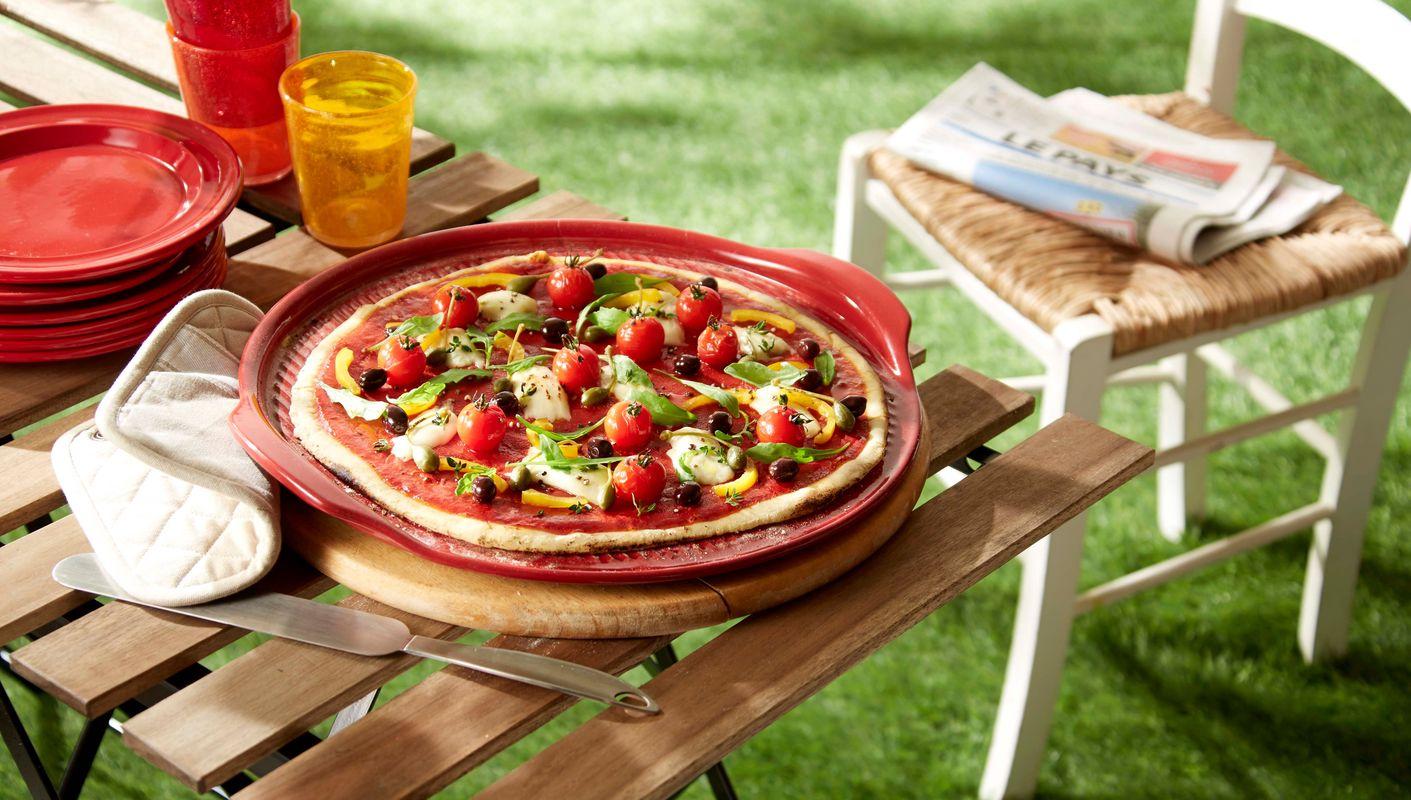 Emile-Henry-pizzasteen