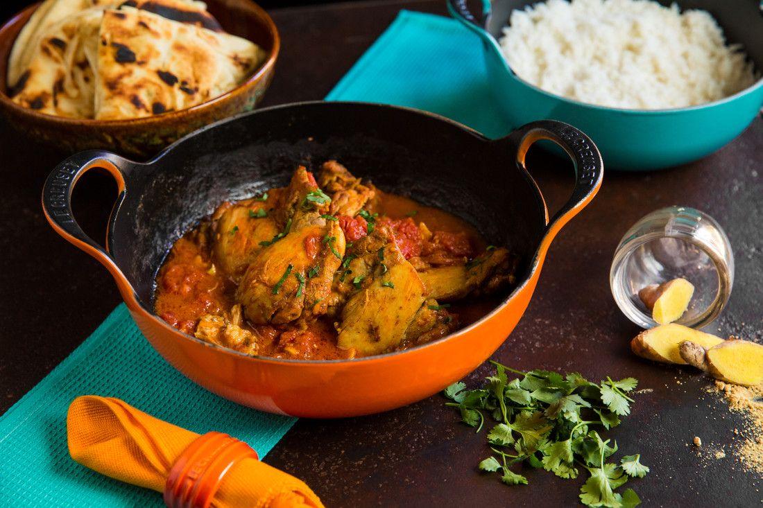 Le Creuset wokpan Balti Dish oranje-rood Ø 24 cm sfeer
