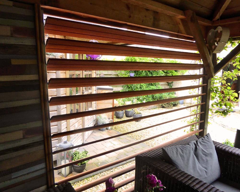 Flex Fence rotatable blinds